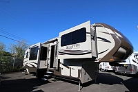 2015 GRAND DESIGN SOLITUDE DESTINATION 379FL #C24571