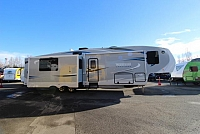 2016 WINNEBAGO LATITUDE 34RG #C24226