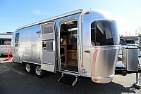 2017 AIRSTREAM FLYING CLOUD 23D #C24570