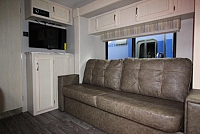 2019 WINNEBAGO MICRO MINNIE 2106DS #24462