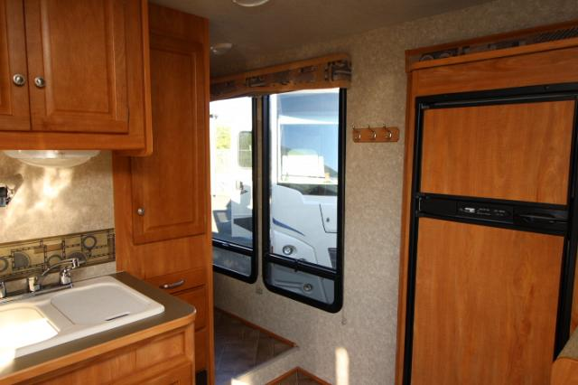 2010 WINNEBAGO ACCESS 31C #C24331
