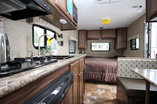 2016 COACHMEN VIKING 17FQ STK 24049
