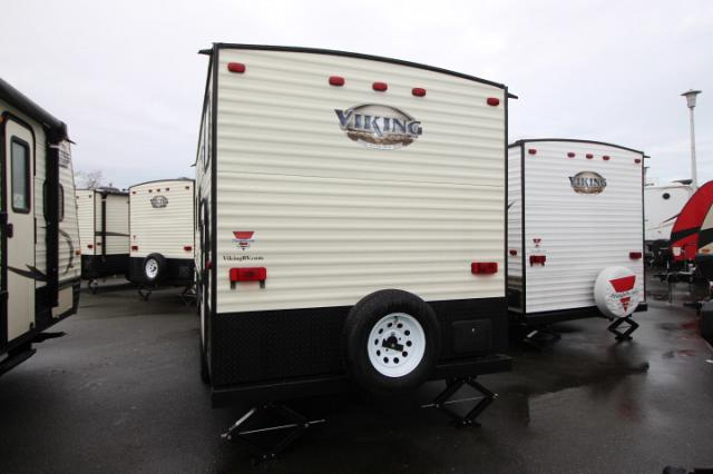 2017 COACHMEN VIKING 17BH