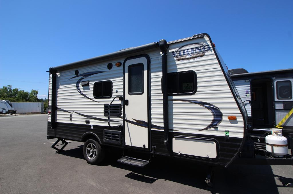 2017 FOREST RIVER VIKING  17 BUNK HOUSE #24745A