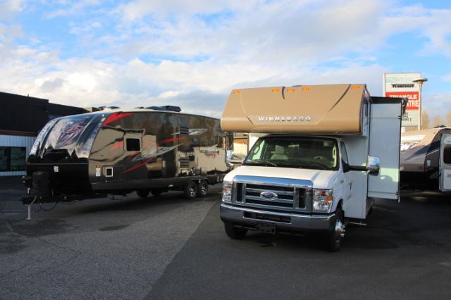 2017-Winnebago-Spirit-26A-R24173-7196.jpg
