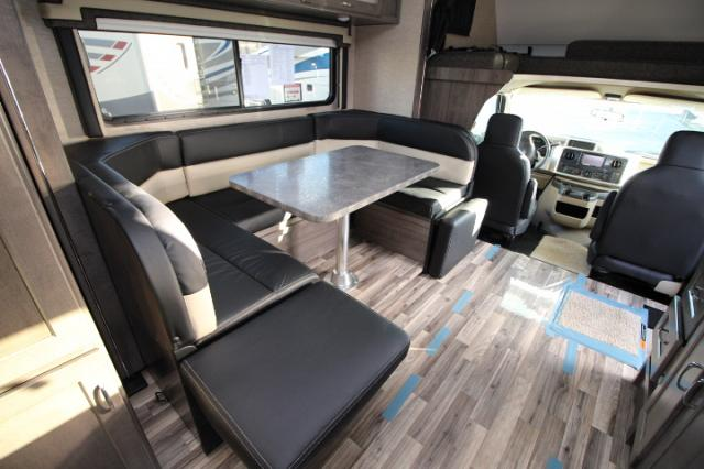 2017-Winnebago-Spirit-26A-R24173-7203.jpg