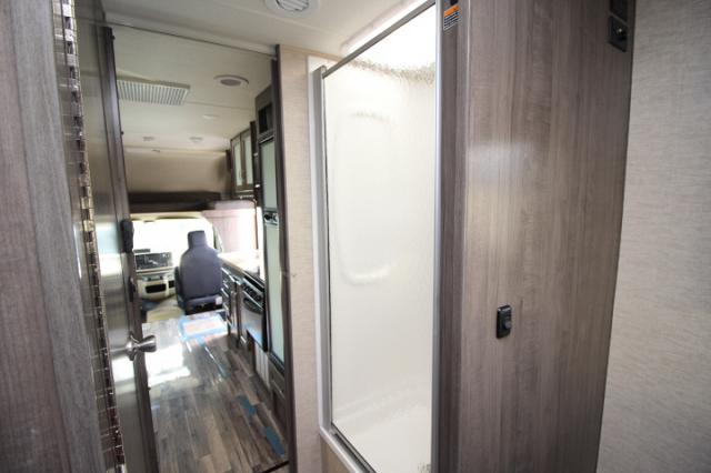 2017-Winnebago-Spirit-26A-R24173-7209.jpg