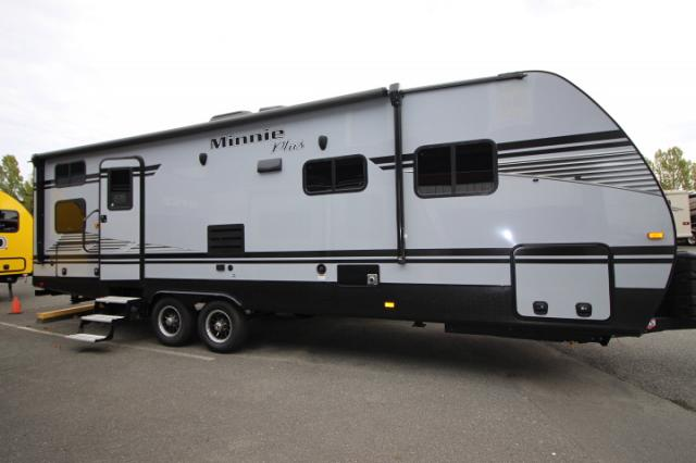 2019 WINNEBAGO MINNIE PLUS 27BHS #24464